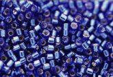 Delica gyöngy 11/0, DB0047, ezüst közepű zafír kék, 4g