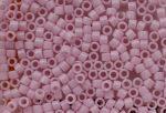 Delica gyöngy 11/0, DB1494, telt halvány rózsaszín, 4g