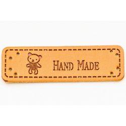"Címke ""hand made"" felirattal, medvével 5*1,5cm (bőr utánzat)"