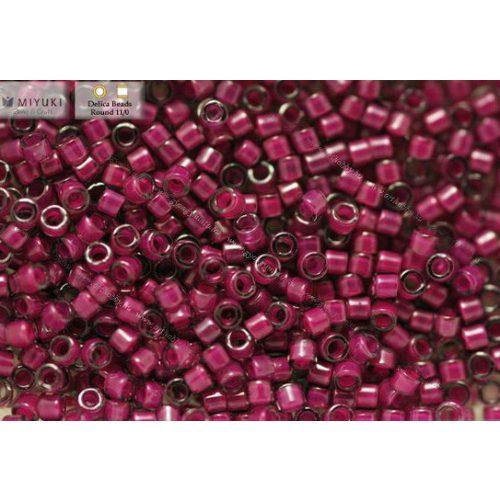 Delica gyöngy 11/0, DB0281, fényes festett közepű sötét magenta, 4g