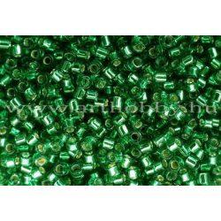 Delica gyöngy 11/0, DB0605, ezüst közepű smaragdzöld, 4g