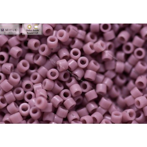 Delica gyöngy 11/0, DB0728, opaque lila, 4g