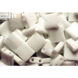 Miyuki TILA gyöngy, telt fehér, 30 db
