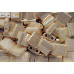 Miyuki TILA gyöngy, gyöngyház elefántcsont, 30 db