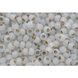 Japán kásagyöngy TOHO 6/0, aranyközepű opál fehér, 10g